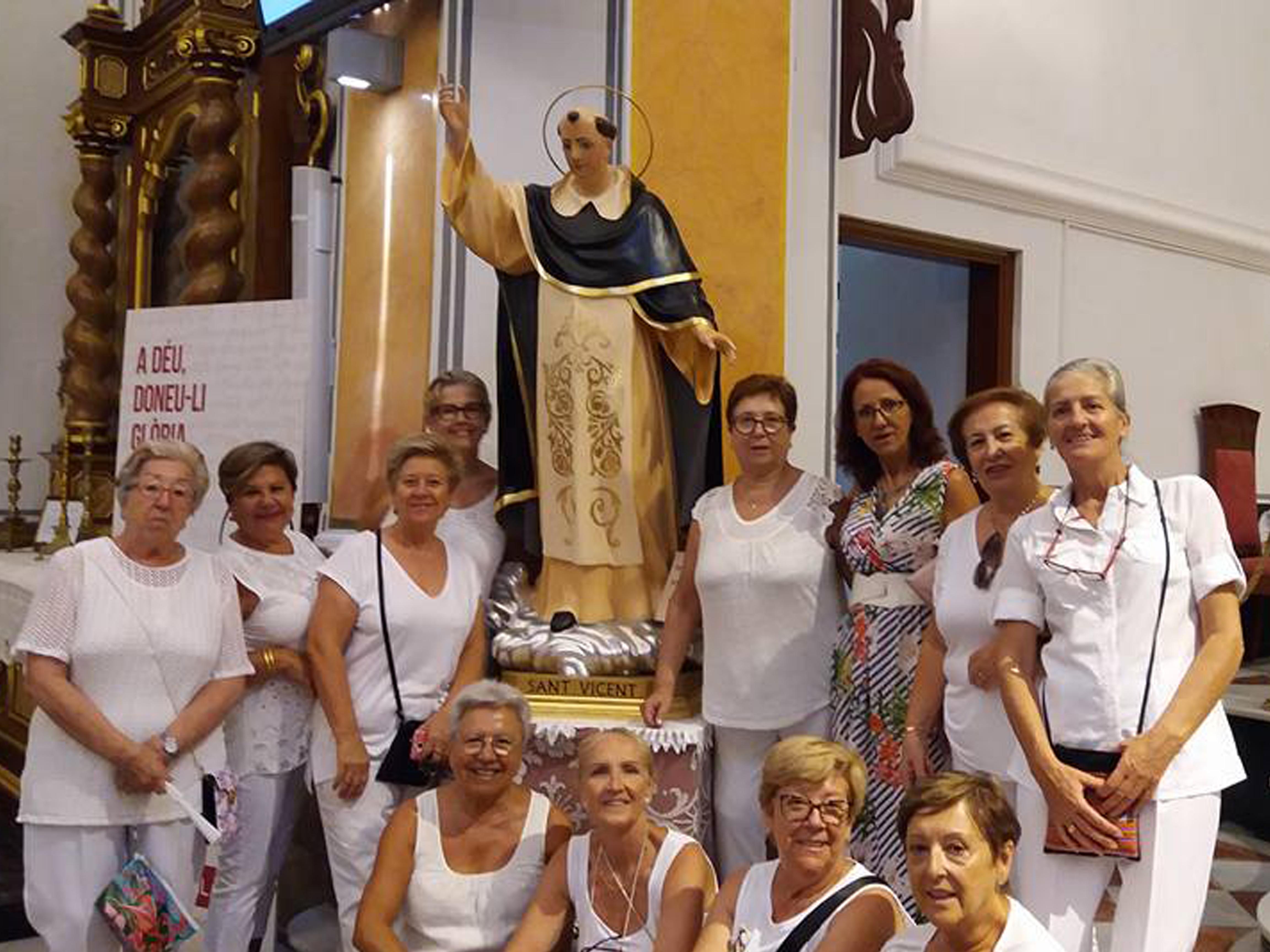 FESTES.- Vicenta Asensio Santamaria reelegida presidenta de la Festa de Sant Roc