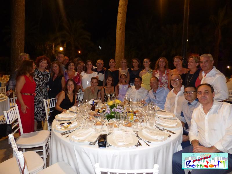 cena reinas fiestas -25